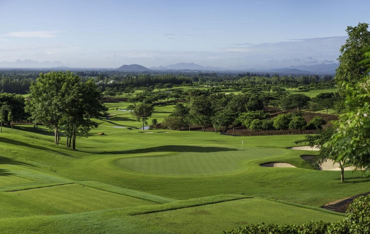 Merci l 39 office national du tourisme de tha lande les itin raires d 39 un golfeur g t - Office du tourisme ecosse ...