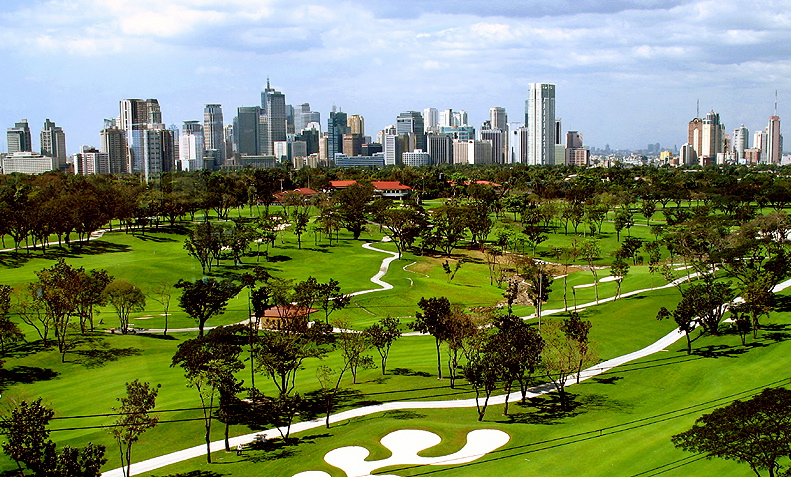 Manila_golf_club_course,_November_2011
