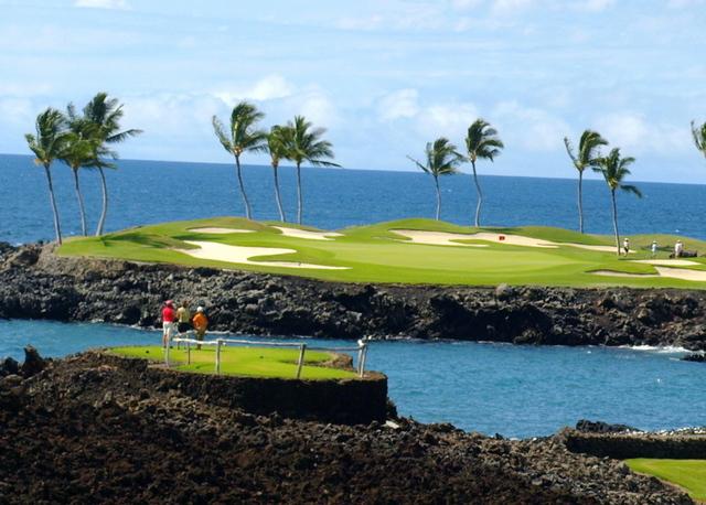 Mauna Lani Bay South Course, étape 7 à Hawaii